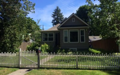 $1300/monthly Cottage Style Home, Near Downtown